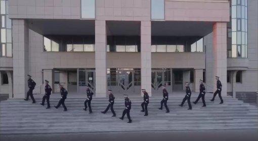 Казанские инспекторы ГИБДД исполнили рэп истанцевали к85-летию ГАИ