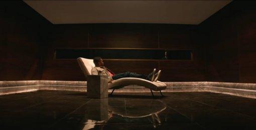 Lionsgate представила трейлер фильма обискажении времени сОрландо Блумом