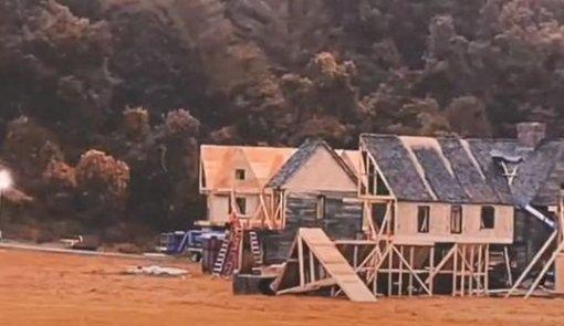 Всети появилось видео сосъёмочной площадки фильма «Фокус-покус2»